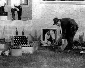 Raid d'agents de la prohibition à Miami, 1925